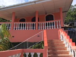 Laguna Shore Guesthouse, La Laguna