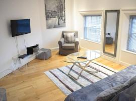 2 Bedroom Apartment near Grafton Street Sleeps 4, Dublin