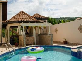 Color's Hide Away Villa, Montego Bay