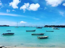 OCEAN Bay Luxury villa (on a beach)*****, Grande Baie