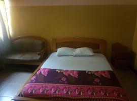 Palm Hotel, Somanya