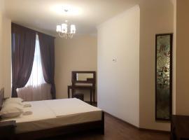 """Апартамент в новостройке, рядом с церковью""""Сурб Саргис"""", Yerevan"""