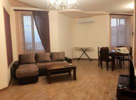 """Апартамент в центре города,рядом с церковью""""Сурб Саргис""""(новостройка), Yerevan"""