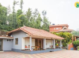 Cottage room in Makkandur, Madikeri, by GuestHouser 22332, Madikeri