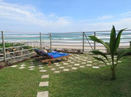 Blues Beach House, Ahangama