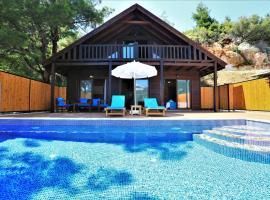 Villa Çam, İslâmlar