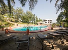 Volta Hotel, Oko Sombo