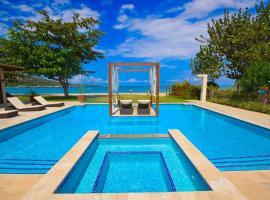 Bali Beach House Four Bedroom Villa, Rio Bueno