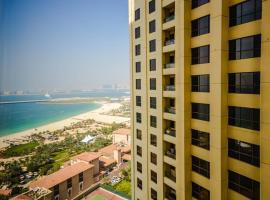 Hometown Apartments - Wondrous 3 Bed Apartment in JBR with Sea View, Dubai