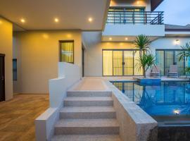 Villa Solor by Tropiclook: Shanti Style Nai Harn, Nai Harn Beach