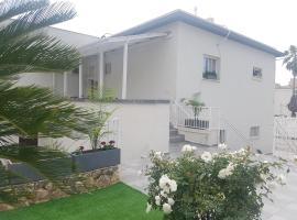 אבני החושן- Avnei Hoshen, Nahariyya