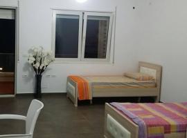 Side view apartment, Dhërmi