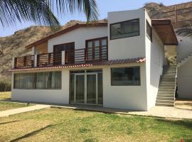 Casa con Piscina Zorritos, Bocapán