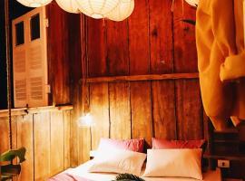 Cul-de-sac bed and cafe, Dalat