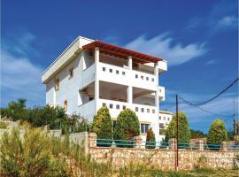 One-Bedroom Apartment in Ksamil, Ksamil