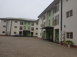 Grace Garden Apartments, Eket