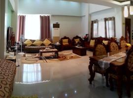 Casa Sarmiento Travelers Inn, Laoag