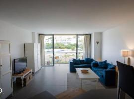 Stunning Apartment in St Julians, 圣朱利安斯