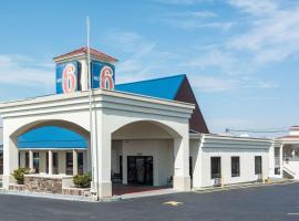 Motel 6 Calhoun, Calhoun