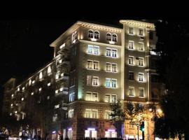 Apartment near Old City, Baku