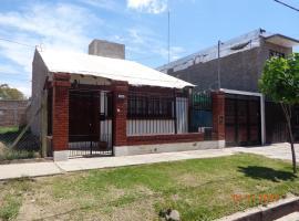 Casa Rosa Blanca, Godoy Cruz