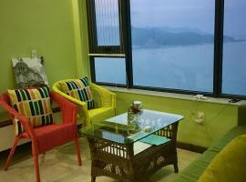 Sea View Corner Apartment, Nha Trang