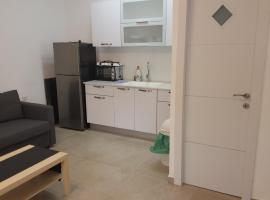 Amazing Studio Apartment in Bat Yam, 巴特亚姆