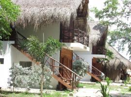 Media Luna Hostel Barú, Barú