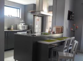 Casa Familiar, Mindelo