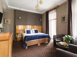 Ark Palace Hotel, Одесса