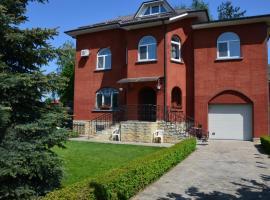 Private 3-storey house, Kiev