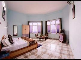Beautiful Resort Stay in Shimla, Shimla