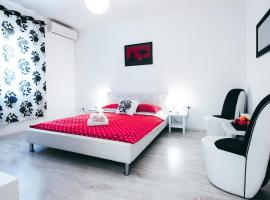 Fifi apartment w. parking in old town, Zadar