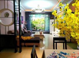 Langzhong Ancient Town Romantic Lavender Theme Suite 3 Guest House, Langzhong