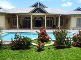 Mango Tango Villa w/ Pool, Black Rock