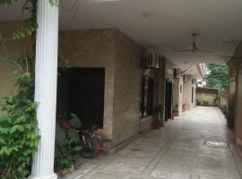 The Sun Guest House, Dhok Sandemār