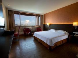 Hotel Malaysia, 乔治敦