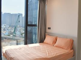 Apartment with River View at Vinhomes Golden River, Ho Chi Minh