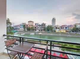 Au Lac Hostel, Донг-Хои