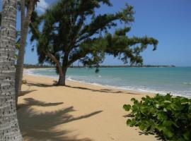 Beachfront Casa Del Mar I, Las Coles