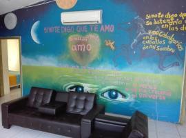 Casa de los amigos 2, Nana Cruz