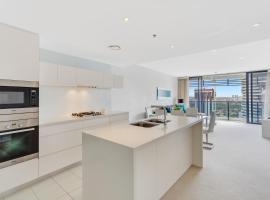Oracle - 5 Star Luxury - Level 25, Gold Coast