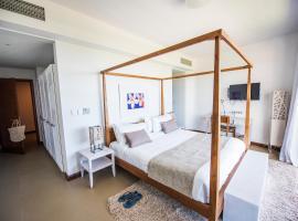 Azuri Luxury 3 Bedrooms Apartment, Roches Noires