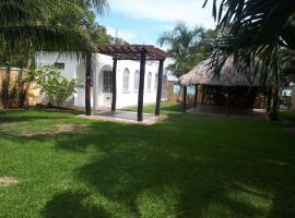 Casa Huay Pix, Huay Pix