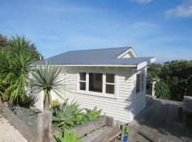 Tiri View Cottage, Oneroa