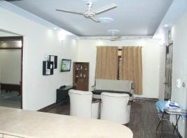 Luxury House - First Floor, Karāchi