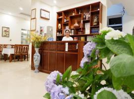 Anh Duc Hotel, Tam Ðảo