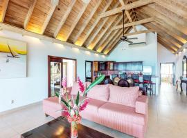 Villa Cartuja @ Ahau Beach Villas, Guanaja
