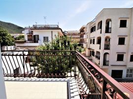 holidaycasa Leone - Con posto auto a 200mt dal Mare, Sperlonga