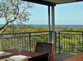 Eagles Retreat - Peregian Beach, Peregian Beach